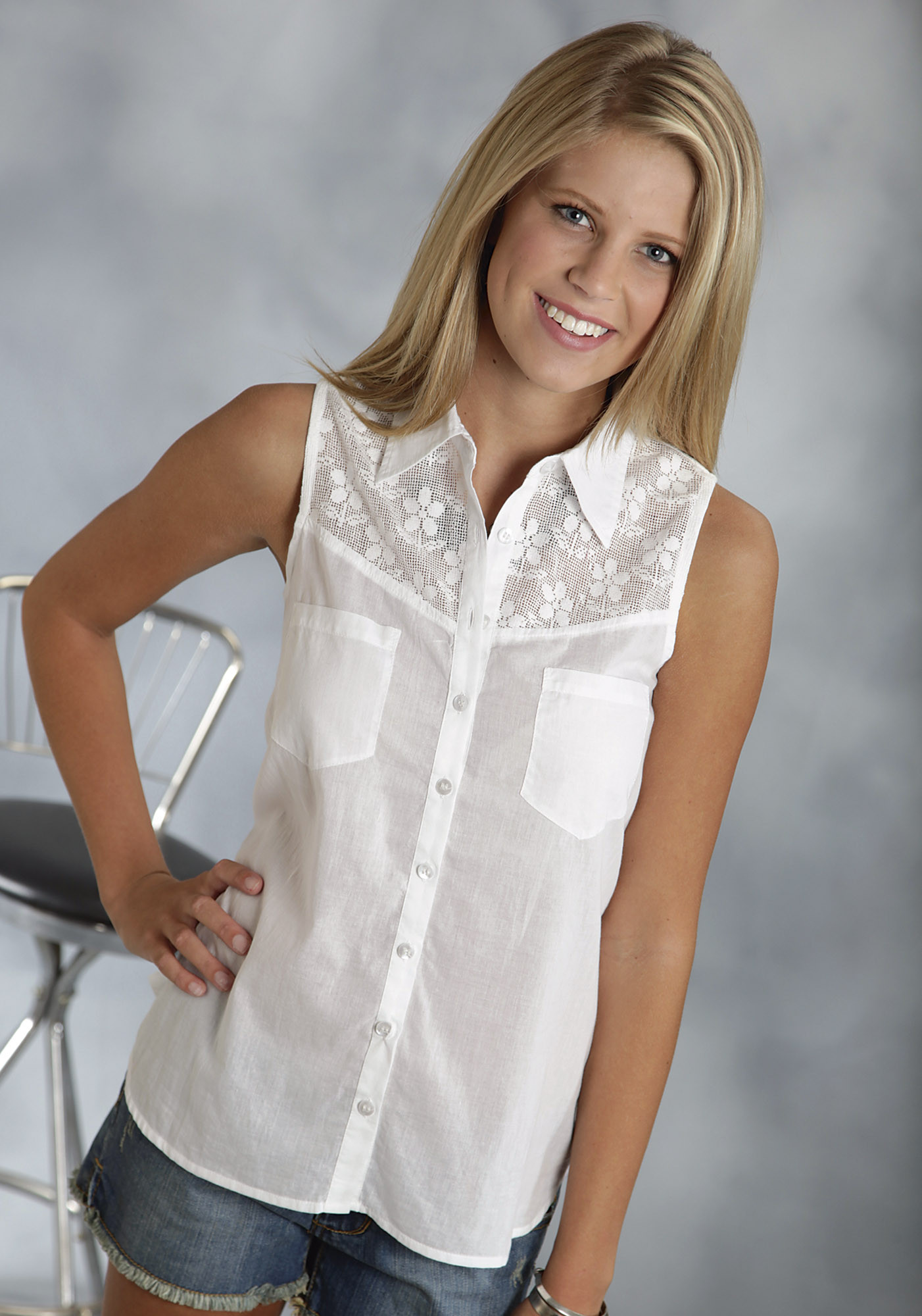 Roper Ladies White Lace Sleeveless Button Western Blouse