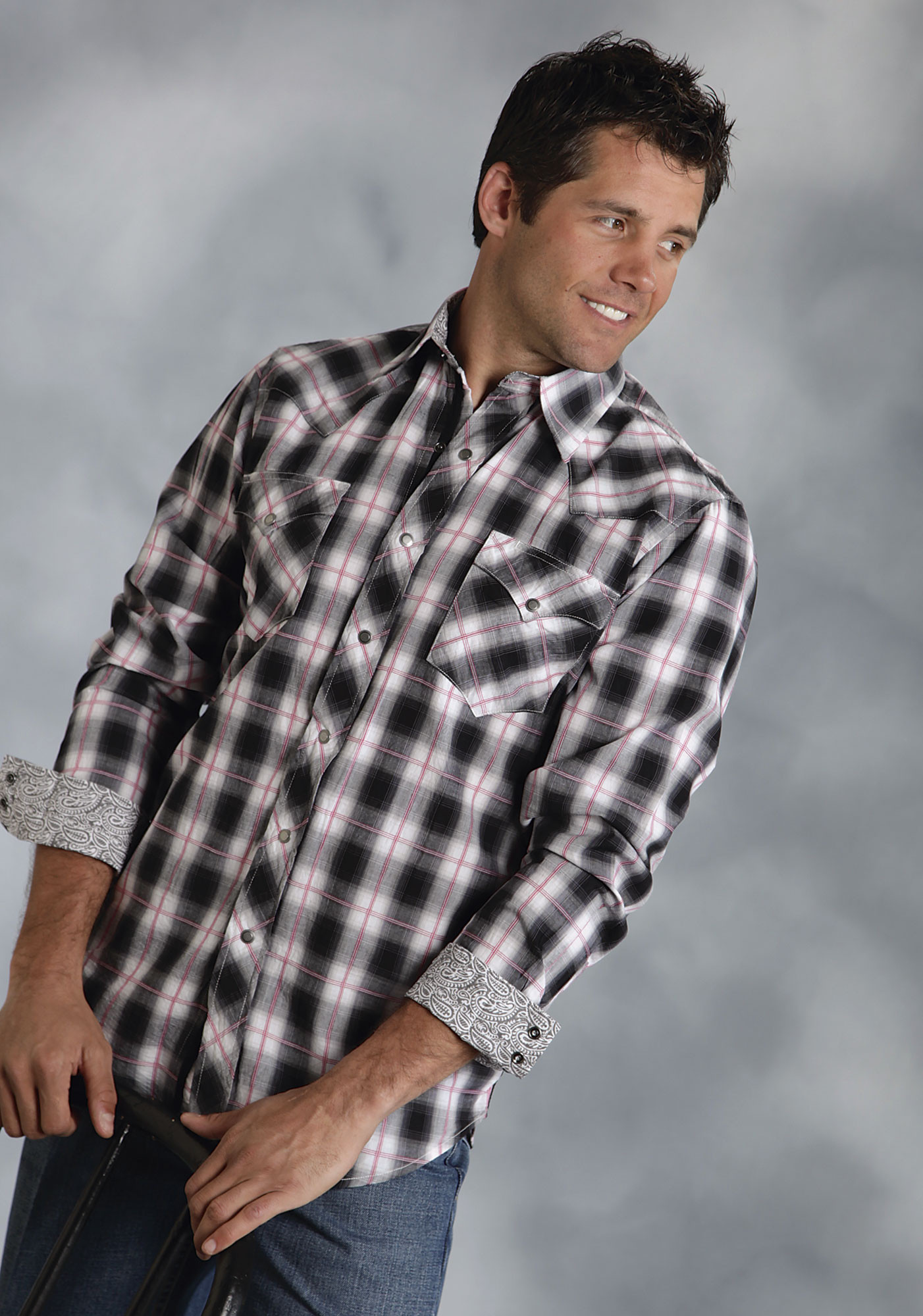 Roper® Mens Black and White Plaid Long Sleeve Snap Western Shirt