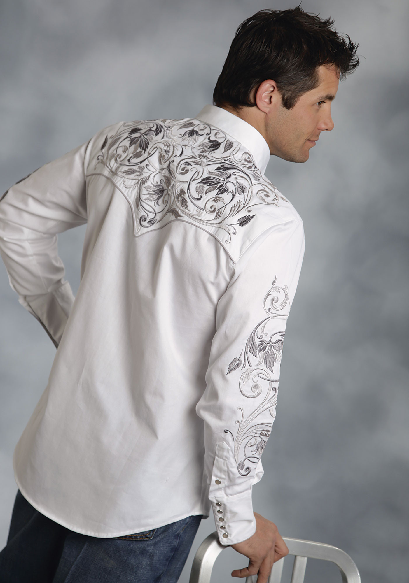 Roper mens white embroidered cotton long sleeve snap