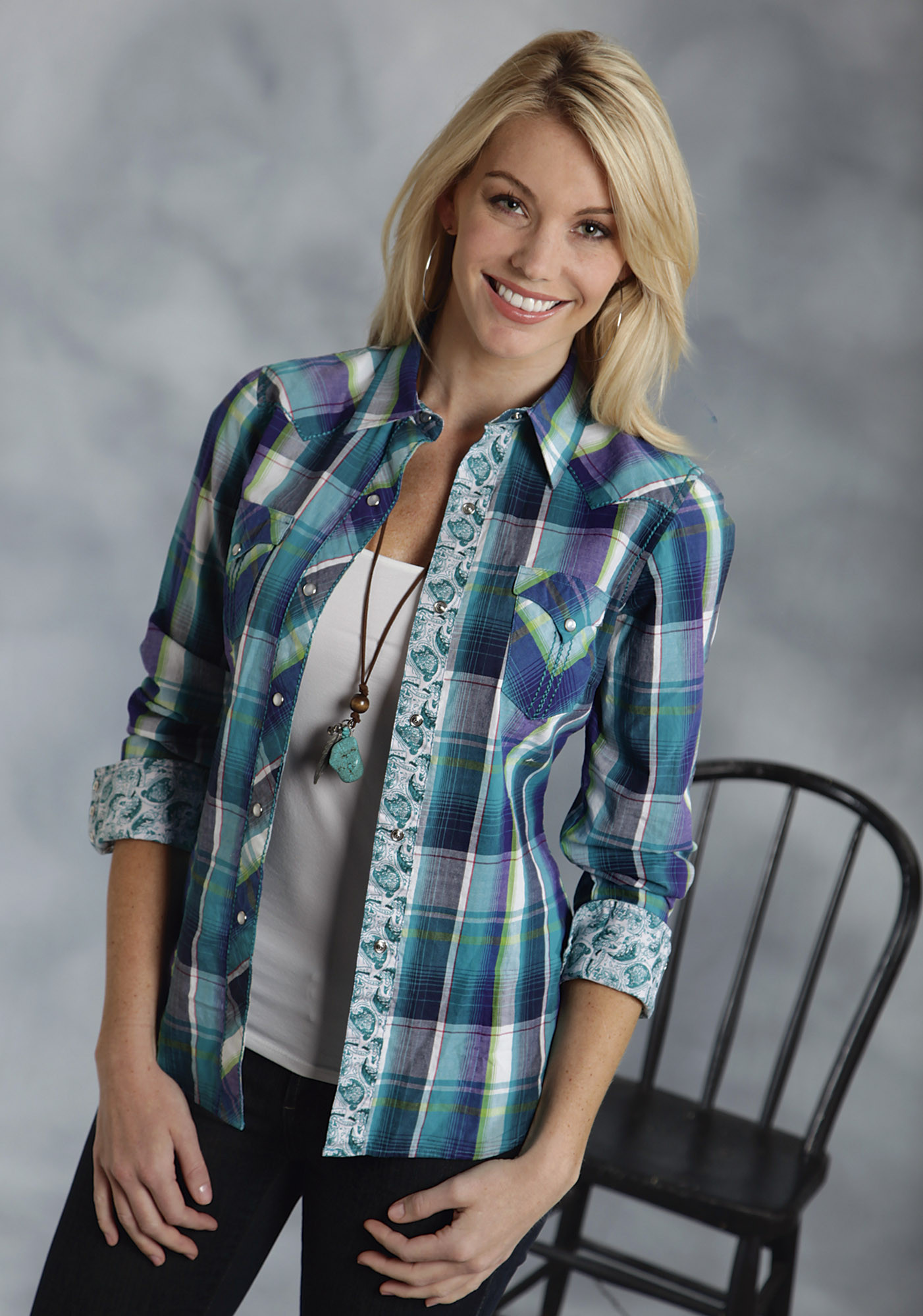 Roper® Women's Turquoise Blue Plaid Long Sleeve Snap Western Shirt