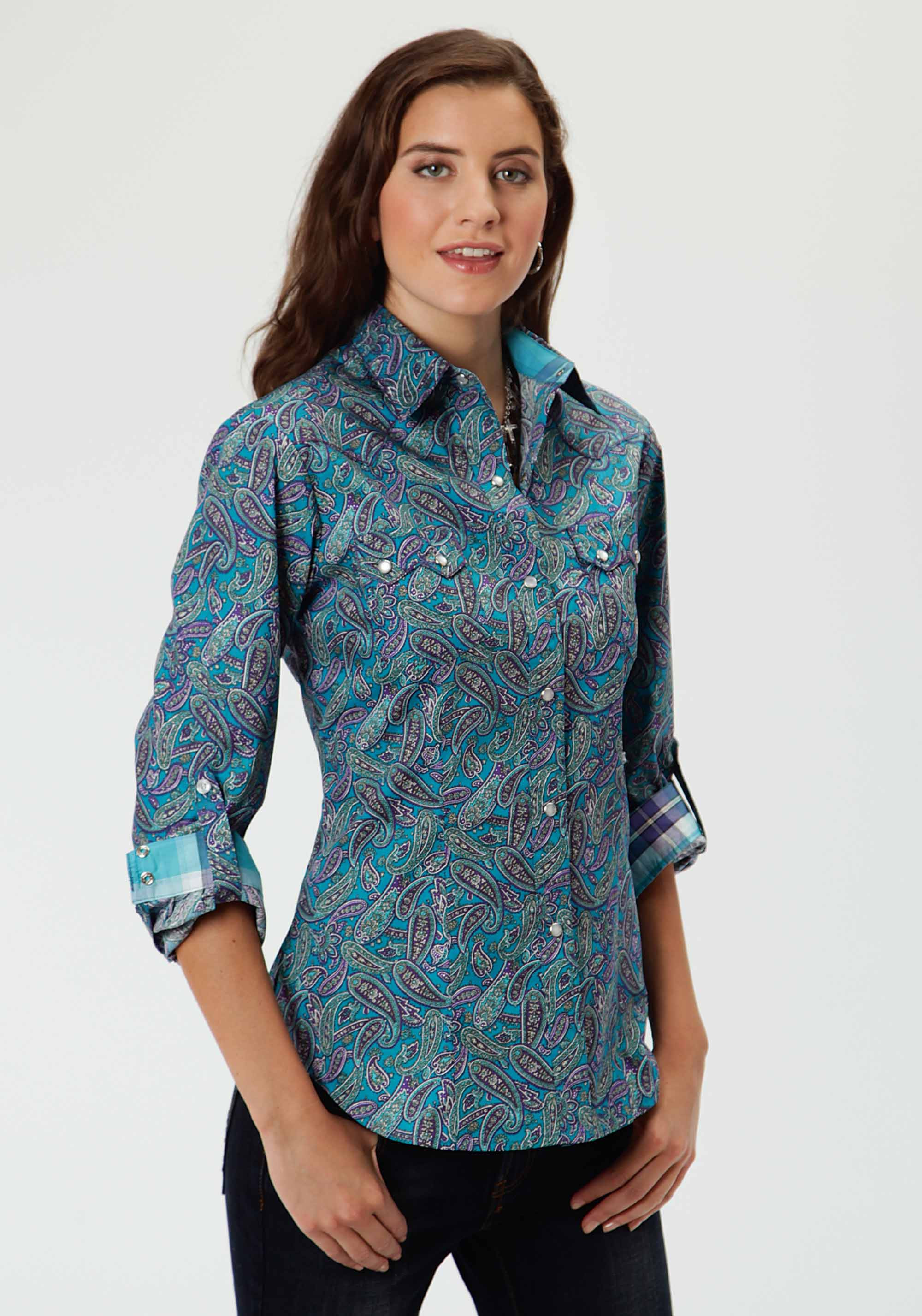 Whether you want classic women's western shirts or trendy ladies western shirts, Cavender's has it! Explore our western shirts for women and ladies western apparel. Free .