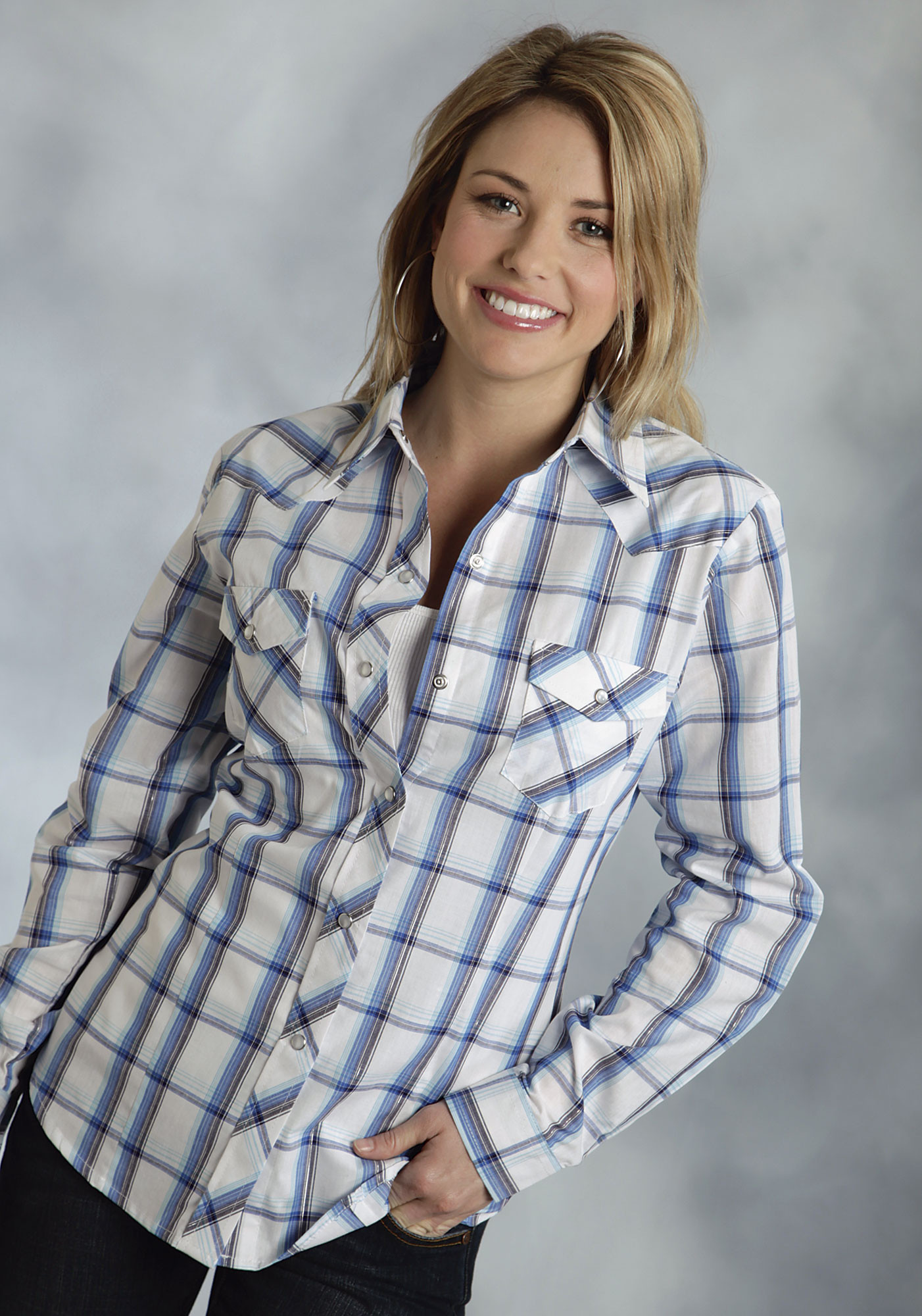 Roper 174 Women S Blue Plaid Long Sleeve Pearl Snap Cowgirl Shirt