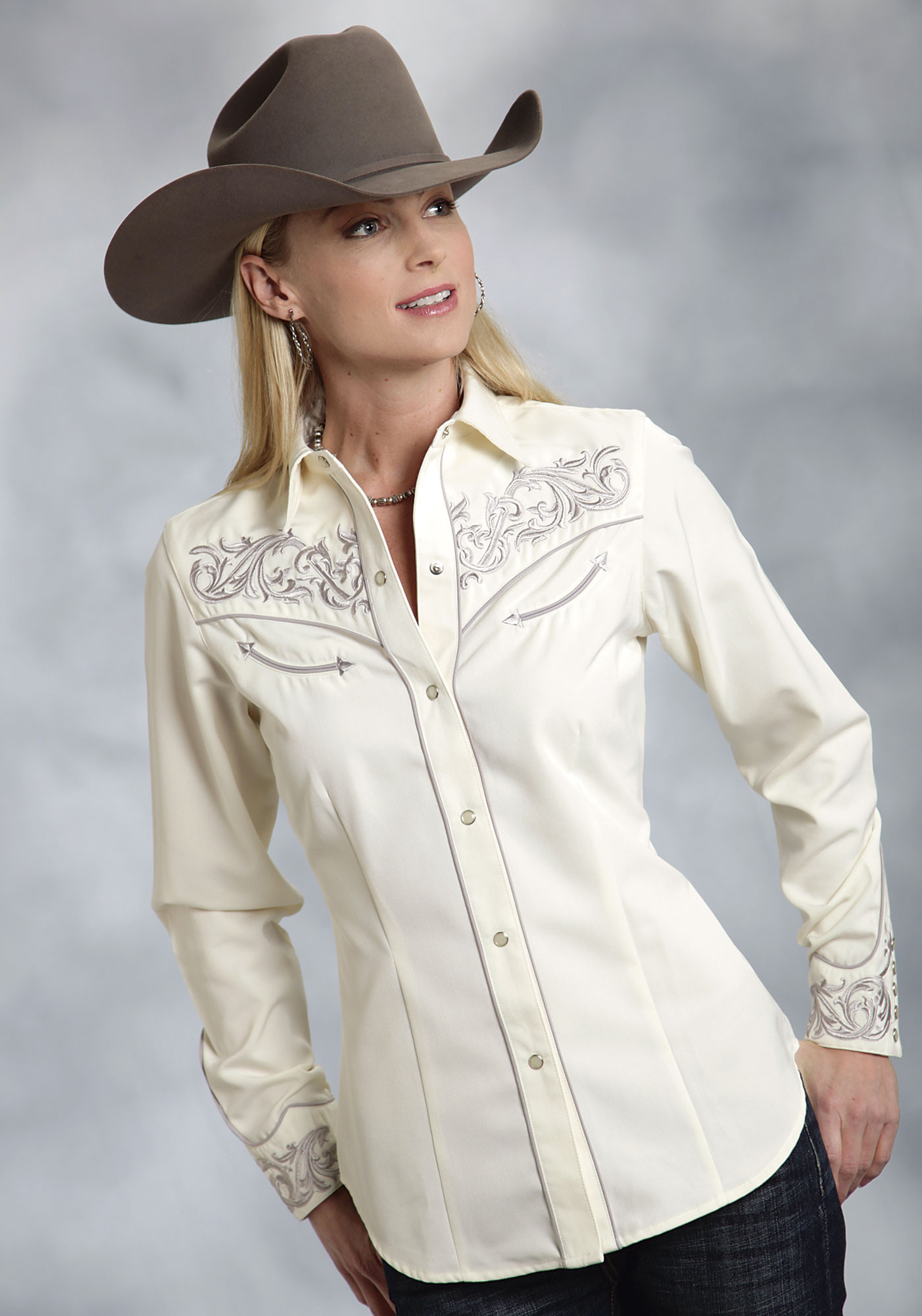 Roper® Womens Cream Embroidered LS Snap Western Shirt
