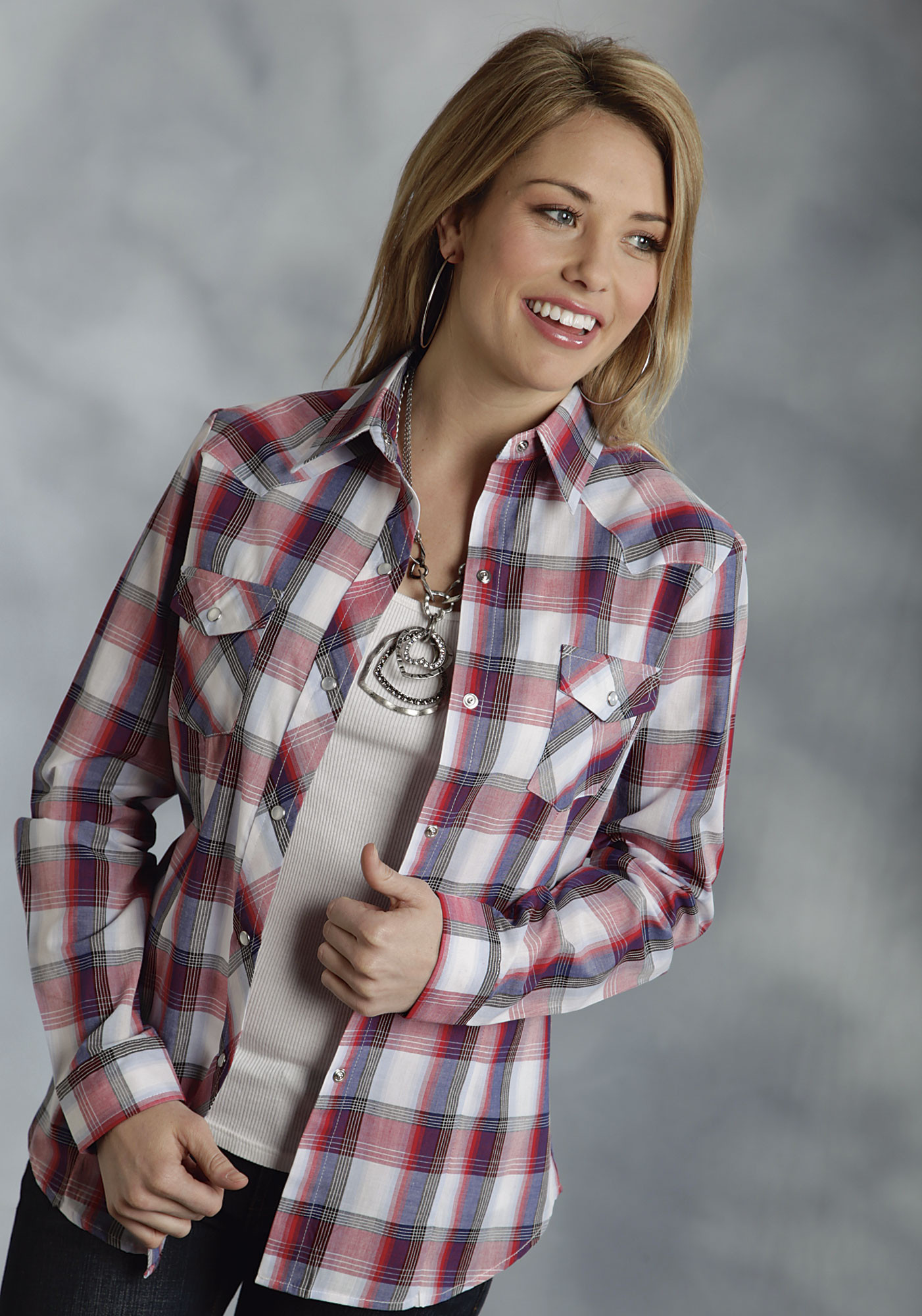 roper ladies red white blue plaid long sleeve snap