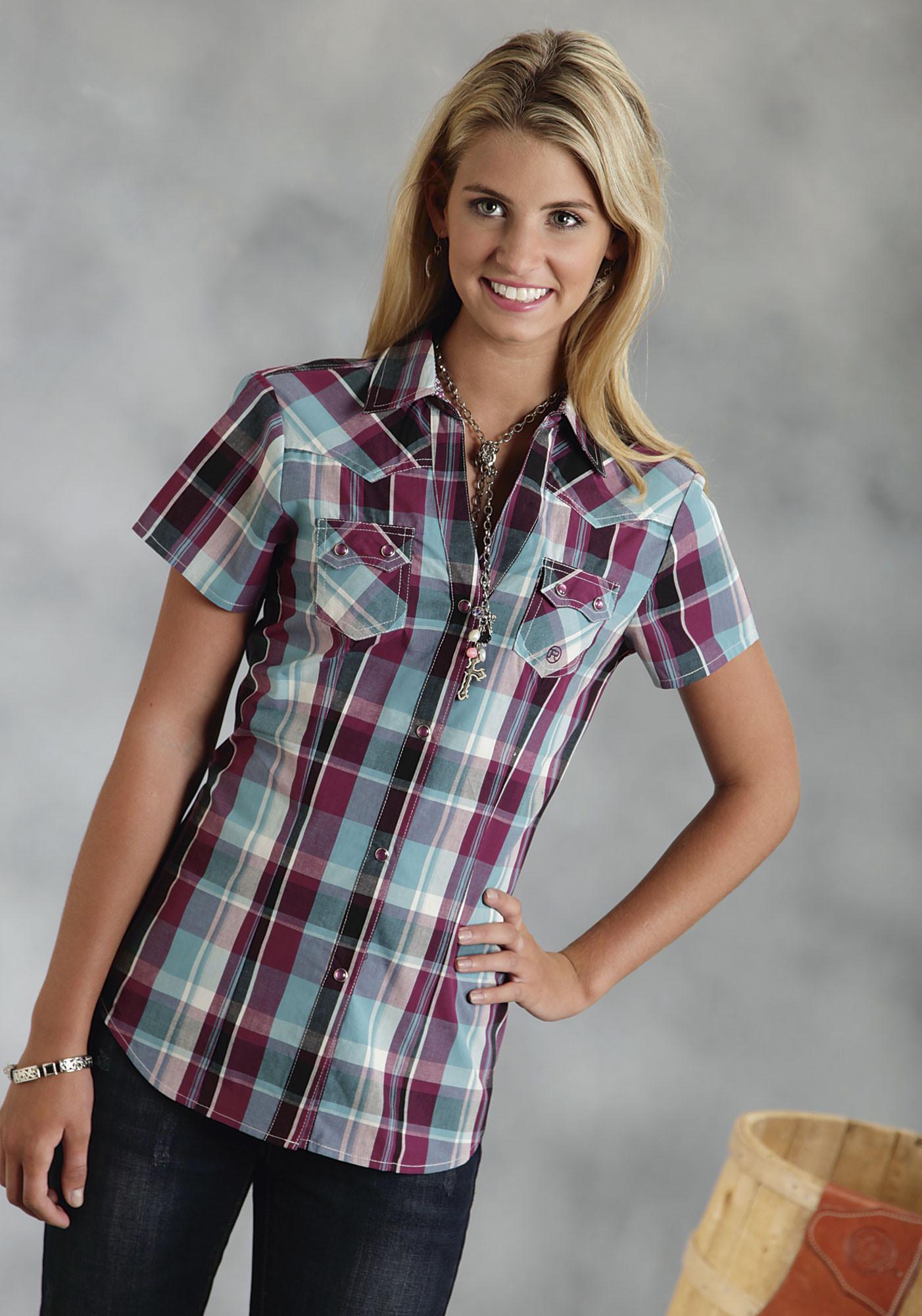 Roper women 39 s wine plaid short sleeve snap western shirt for Plaid shirts for women