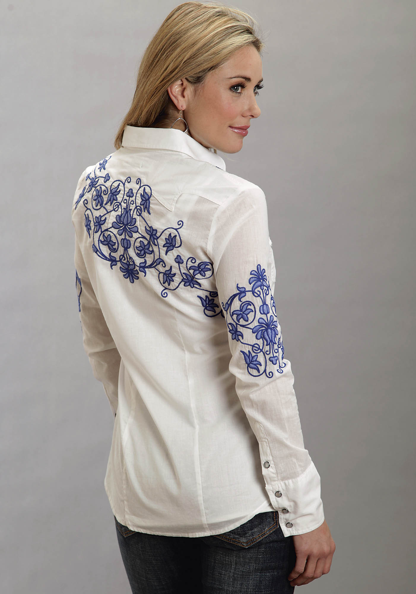 Stetson women s white cotton lawn embroidered long sleeve