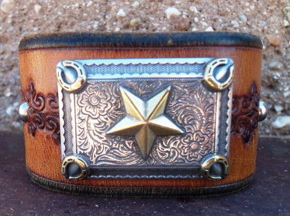 Star & Horseshoe Leather Cuff