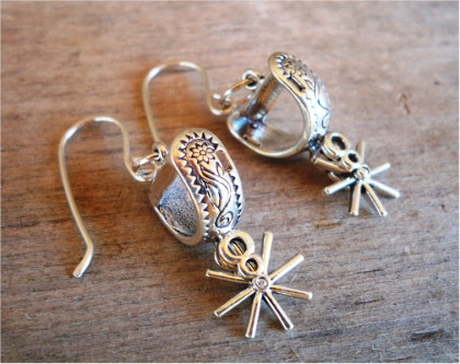 Hang'n Your Spurs Up Earrings