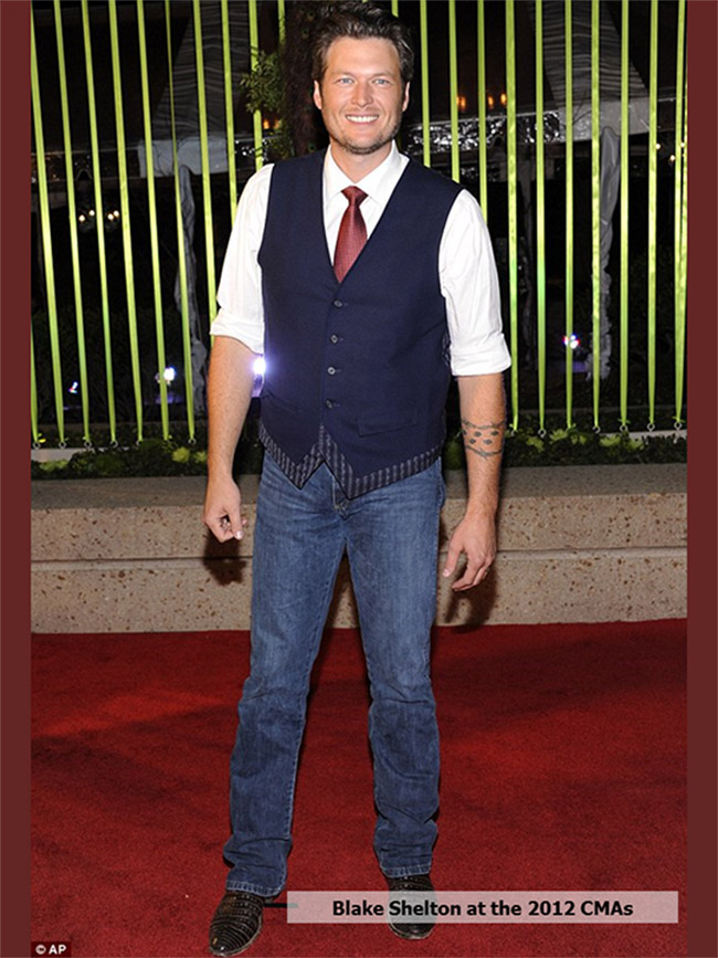 Blake Shelton at the 2012 CMAs