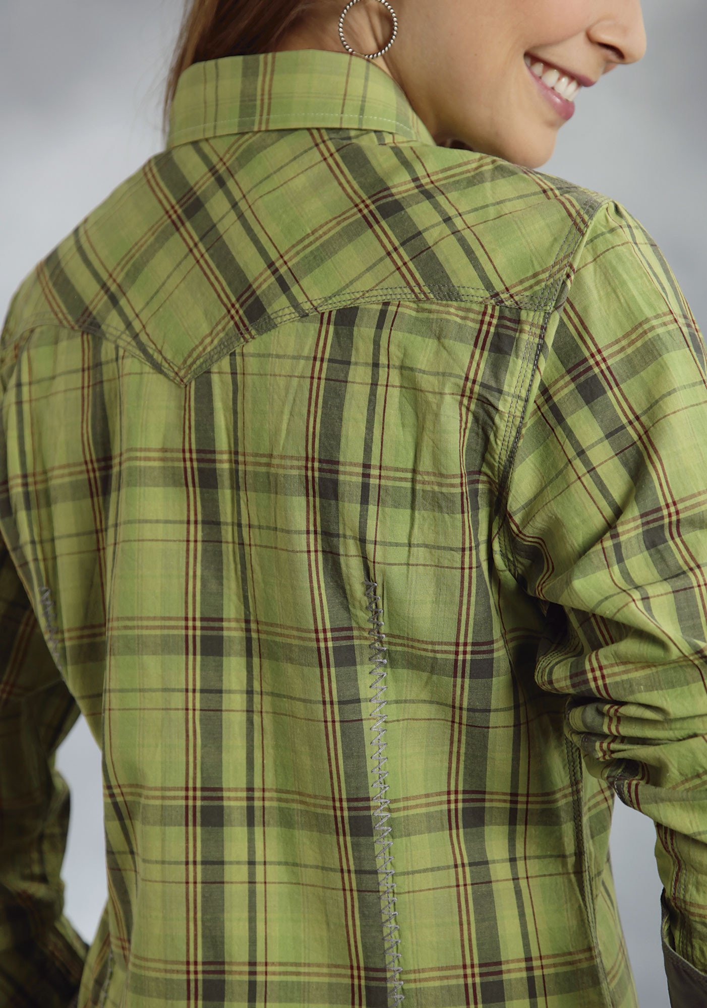 Roper women 39 s green plaid snap ls cotton cowgirl shirt for Womens green checked shirt